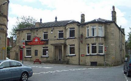 The Savile Arms, Elland by day